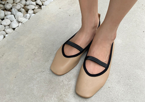 point banding flat shoes